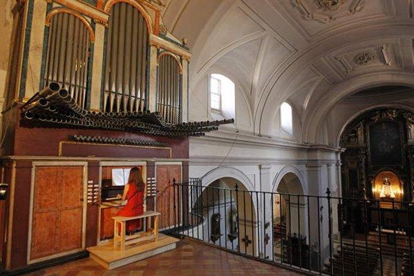 20110816165815-espana-patrimonio-restauracion-el-organo-historico-de-la-iglesia-de-san-pedro-el-viejo-de-madrid-ha-sido-restaurado-599x0.jpg