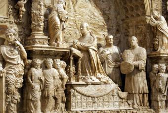 20100624111804-cenotafio-obispo-gutierre-vargas-capilla-obispo.jpg